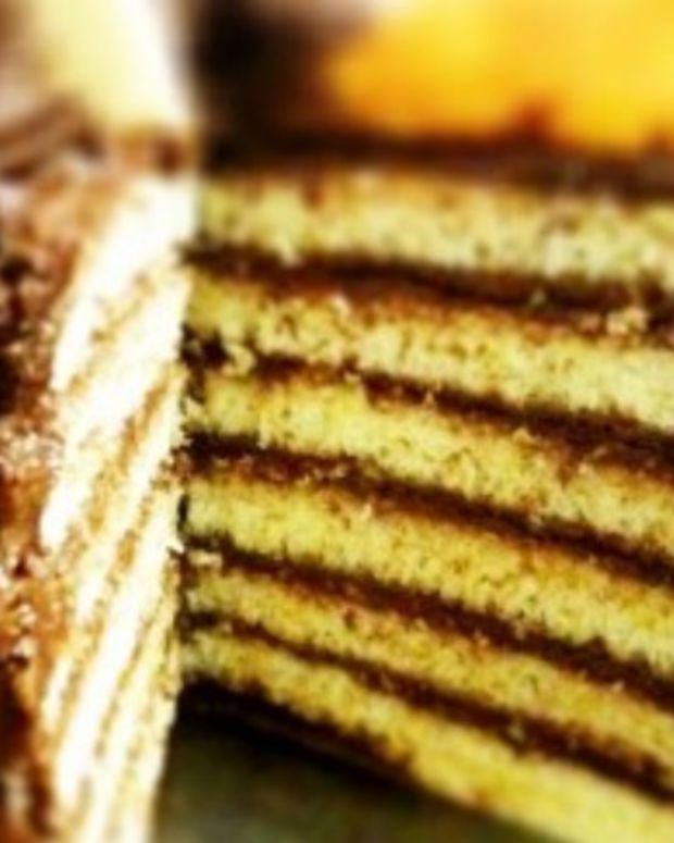 Traditional Jewish Seven Layer Cake