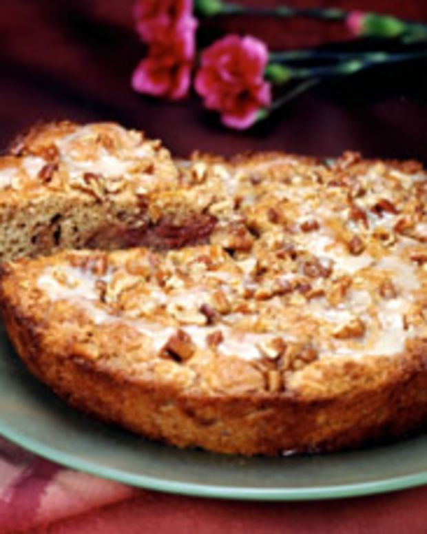 Strawberry Pecan Coffee Cake