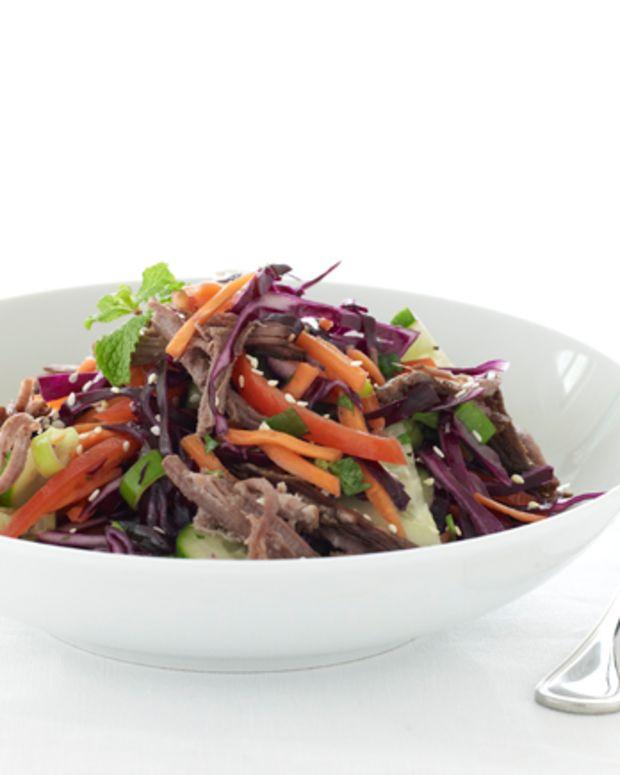 k.com_blog_spicy thai beef salad
