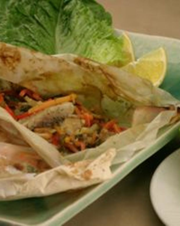 Calypso-Fish Lettuce Wrap Steamer