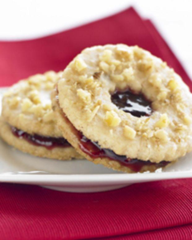 Walnut Linzer Cookies