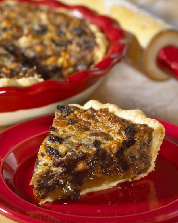 California Raisin and Maple Crunch Pie