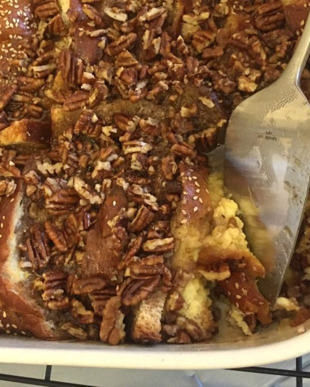 Make Ahead Pecan French Toast Casserole