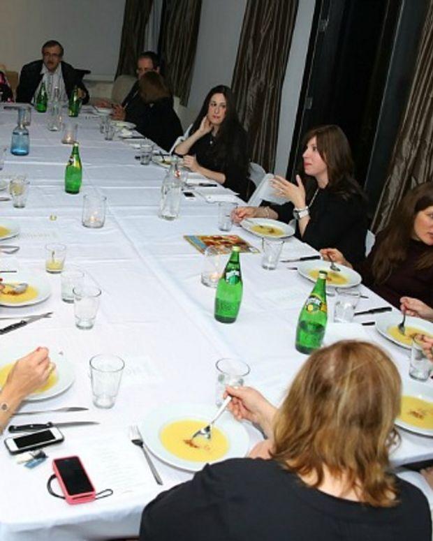 kitchen surfing dinner party