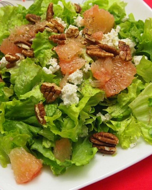 salad-with-grapefruit-and-goat-cheese