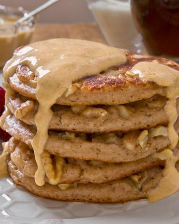 Walnut Whole Wheat Pancakes