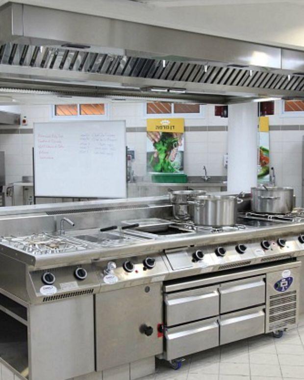 dan hotel kosher cooking school
