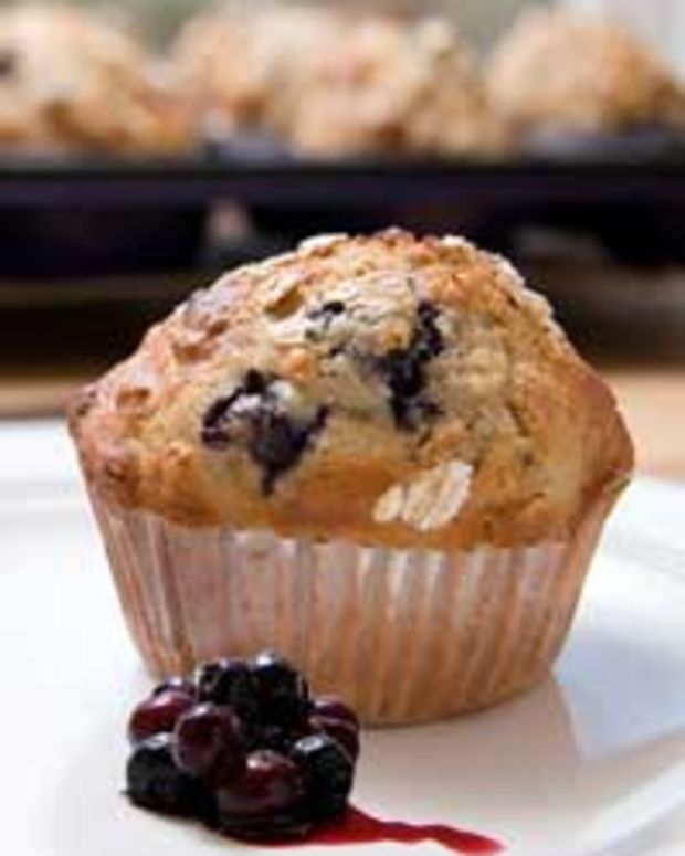 Wild Blueberry Applespice Muffins