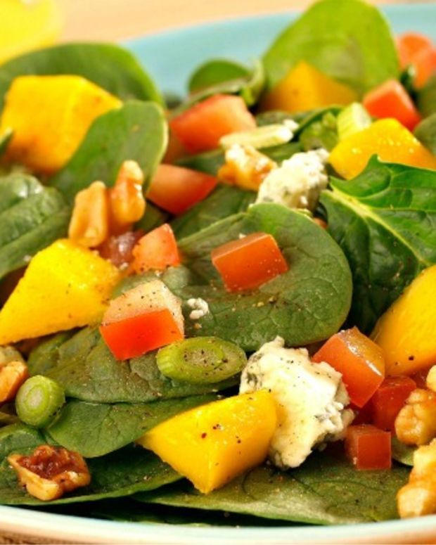 Spinach Salad with Mango Vinaigrette