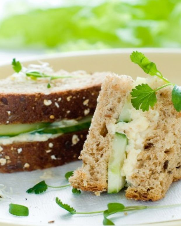egg salad with cucumber1