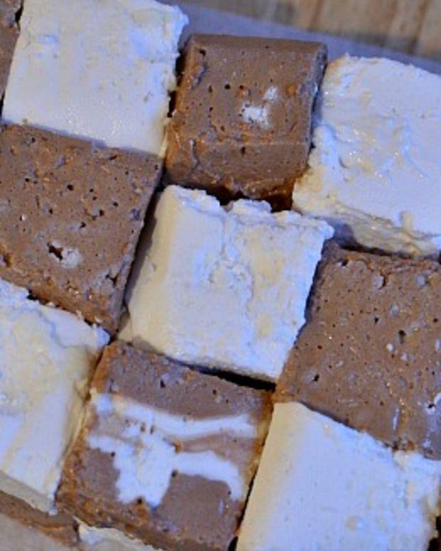 Vanilla and Chocolate Marshmallows