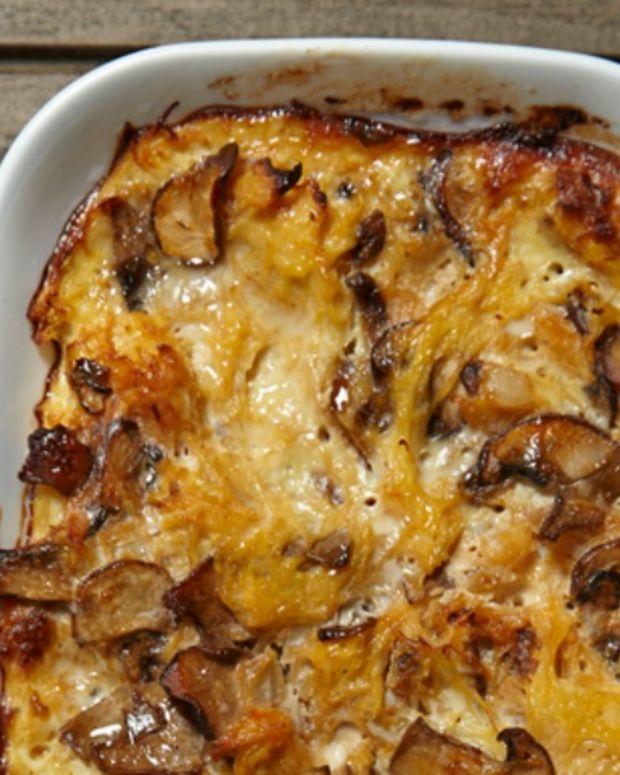 Caramelized Onion Spaghetti Squash Casserole