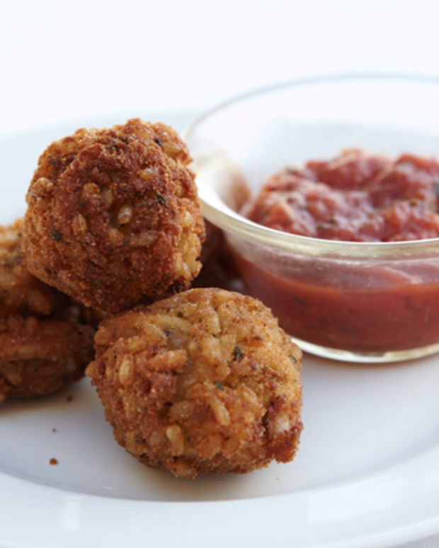 Fried Risotto Balls with Marinara Dipping Sauce