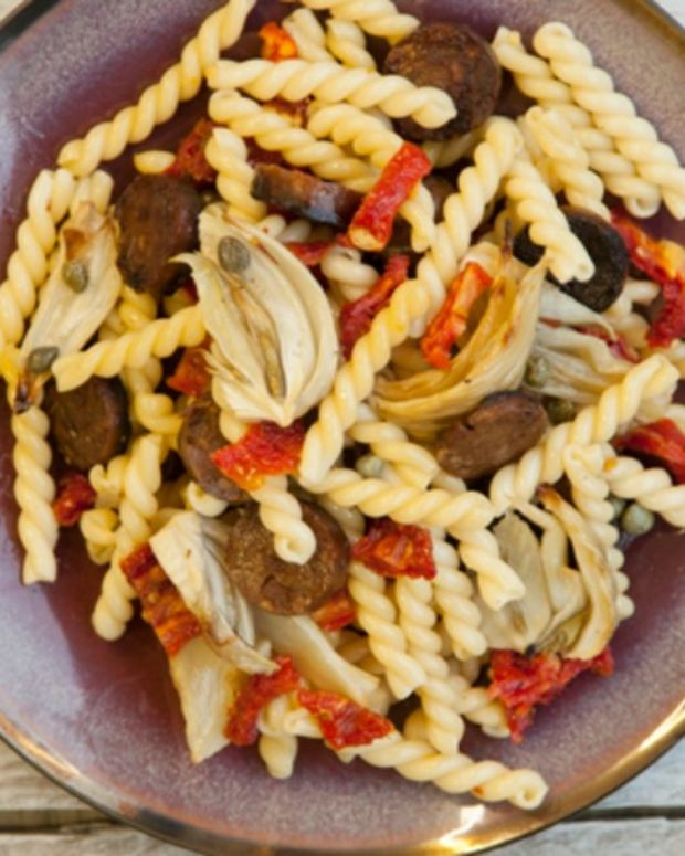 PASTA WITH ROASTED FENNEL AND SAUSAGE85