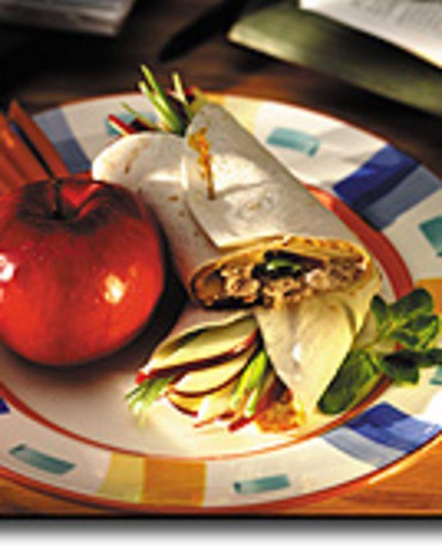 Tuna Apple Tortilla Wraps