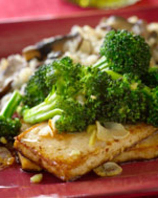 Broccoli With Asian Tofu