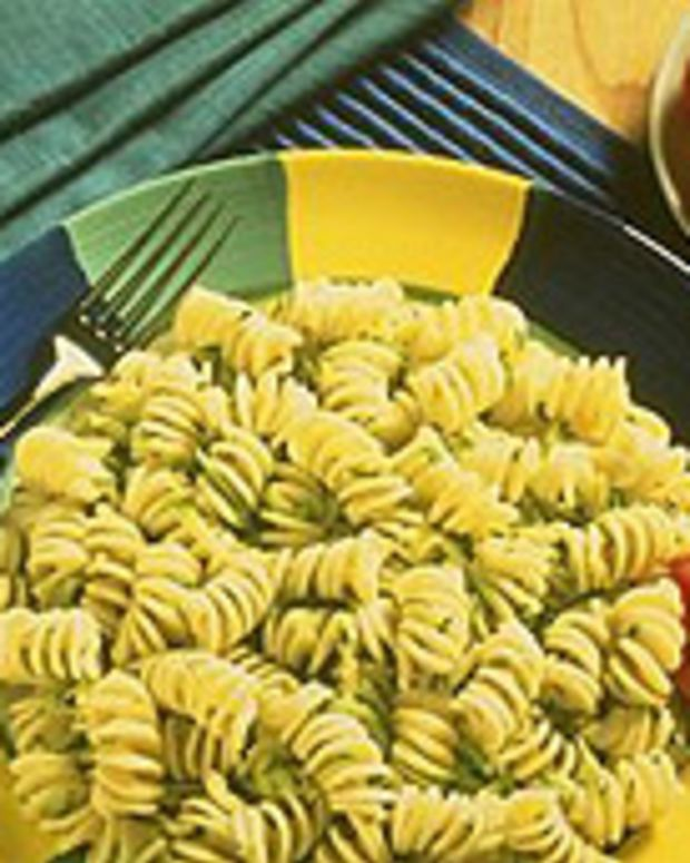 Pasta with Zucchini and Roasted Garlic
