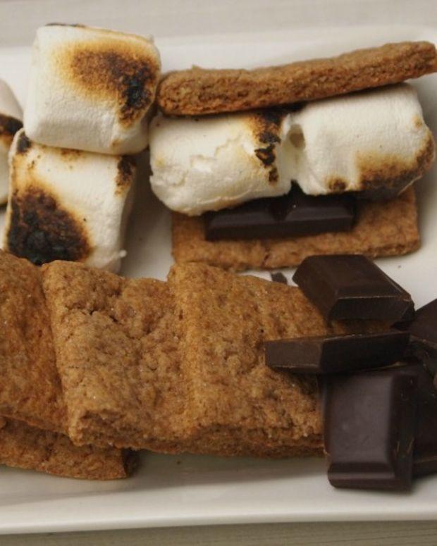 homemade-whole-wheat-graham-crackers