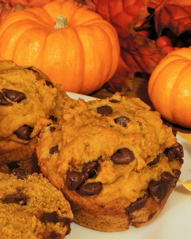 pumpkin chocolate muffins.jpg