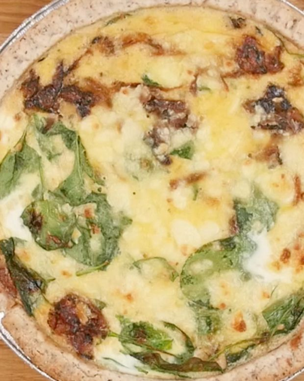 caramelized onion and feta quiche