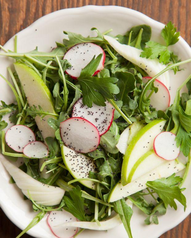 Fennel-apple poppy-seed salad