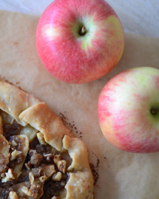 Apple Walnut Crostada