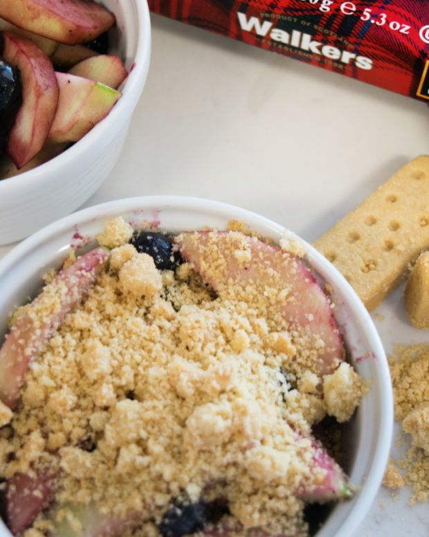 apple berry crisp_web