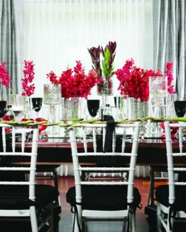 high holiday table