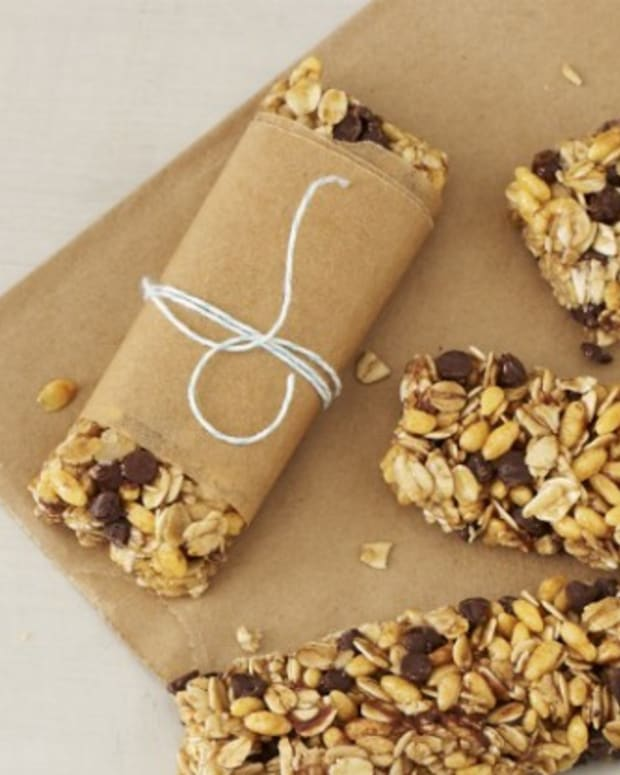 Chewy-Chocolate-Chip-Granola-Bars