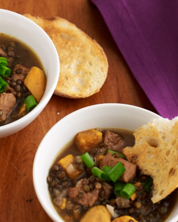 Spiced Chicken & Lentil Soup with Garlic Toast