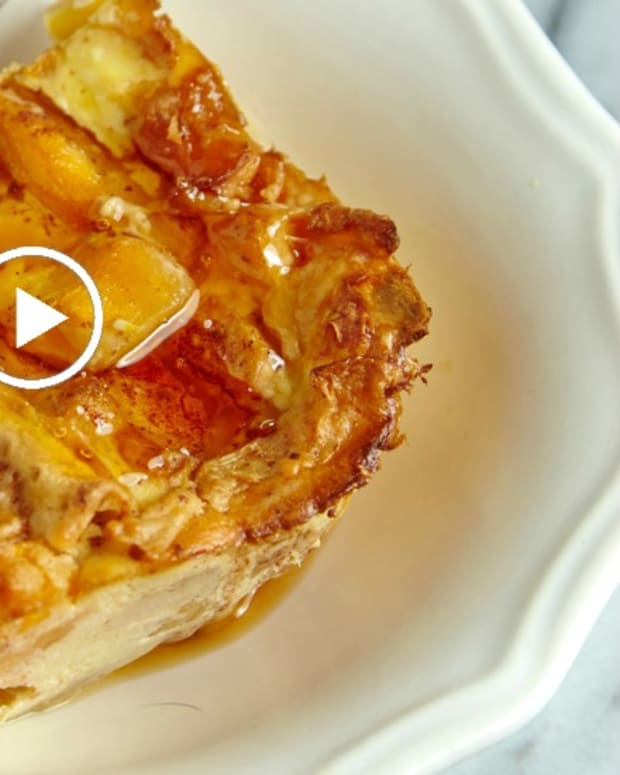 peach matzo brie bake video