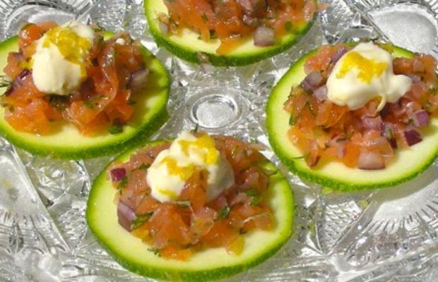 smoked salmon dill round with lemon mayo