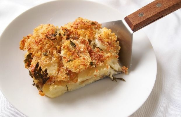 layered potatoes and cheese