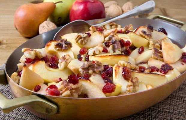 Walnut Dusted Oven-Baked Apples and Pears