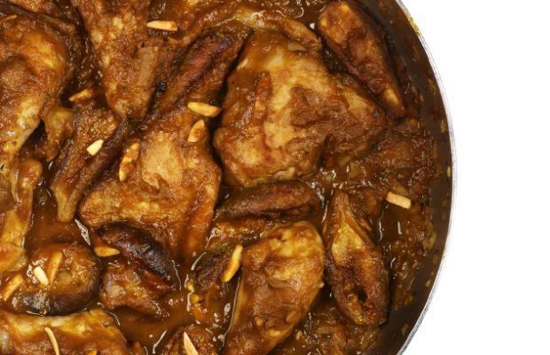 chicken-with-pumpkin-figs-and-honey/