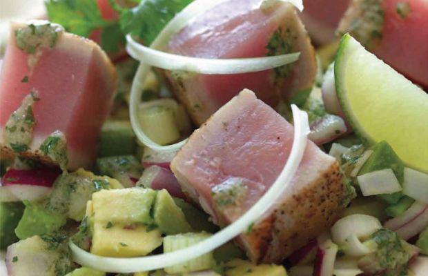 avocado-and-seared-tuna-steak-salad-68