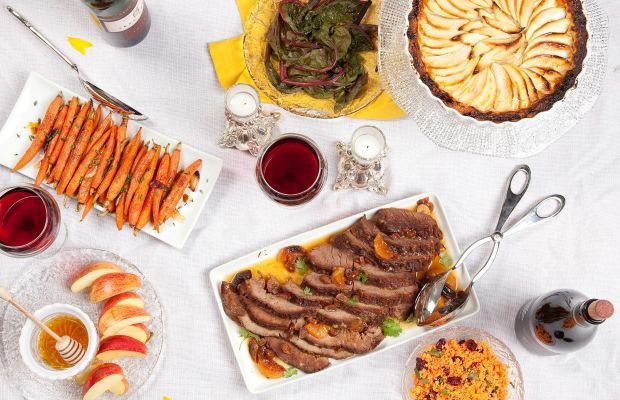 Traditional Rosh Hashanah Menu with Make Ahead Tips
