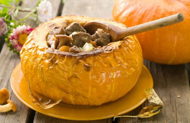 pumpkin stew in the shell