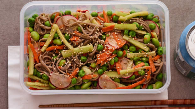 bento box veggie noodle salad