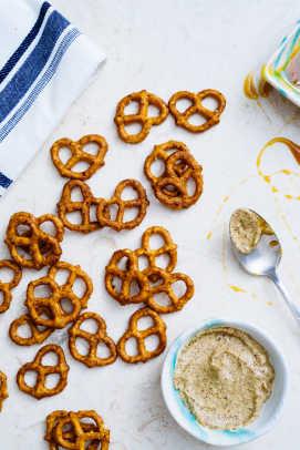 Eden-Foods-Spicy-Pretzels-015.jpg
