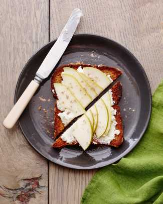 Pear and Goat Chees Breakfast Toast