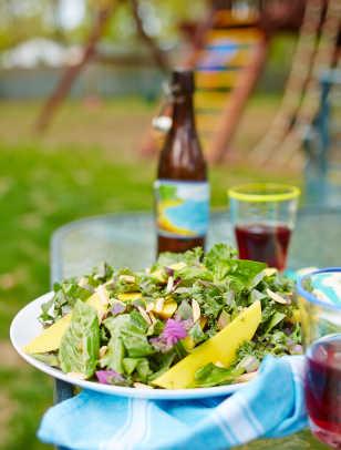 Tropical Kale Salad 53.jpg