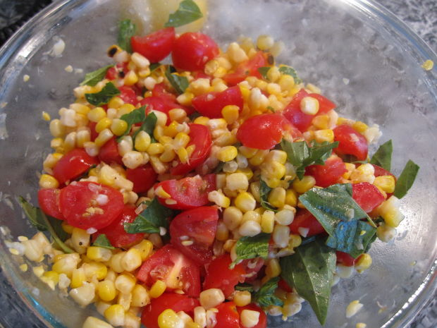 Grilled Corn, Basil, and Tomato Salad - Joy of Kosher