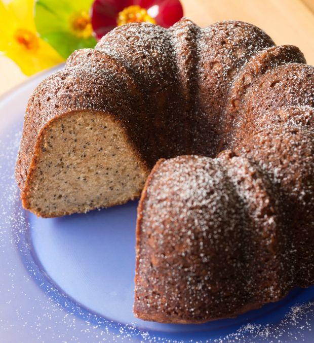 Poppy Seed Bundt Cake Solo