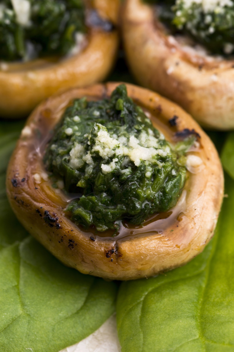 stuffed mushrooms with blue cheese