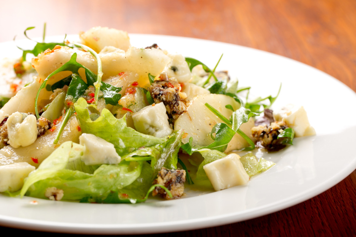 baby greens, pear, walnut and blue cheese salad.jpg