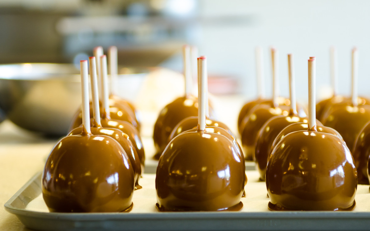 cinnamon sugar candy apples