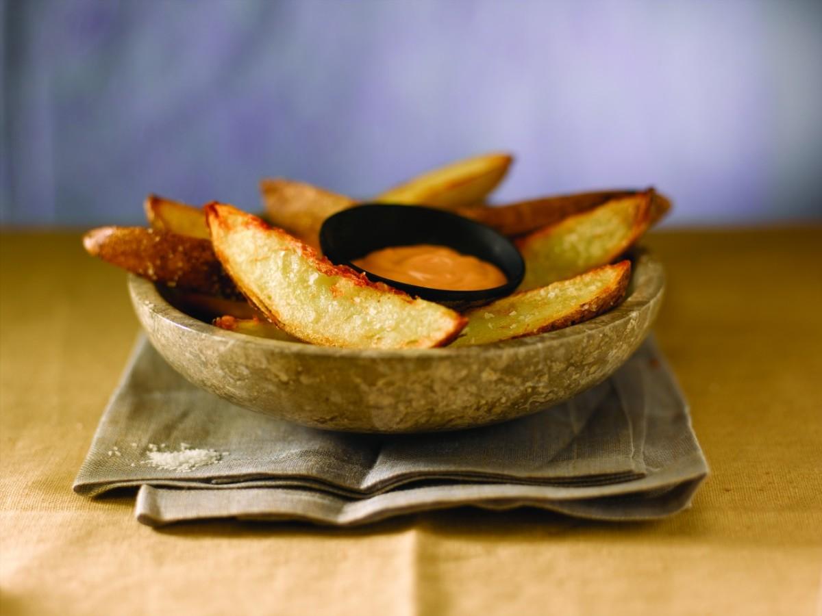 crispy idaho potatoes with sriracha