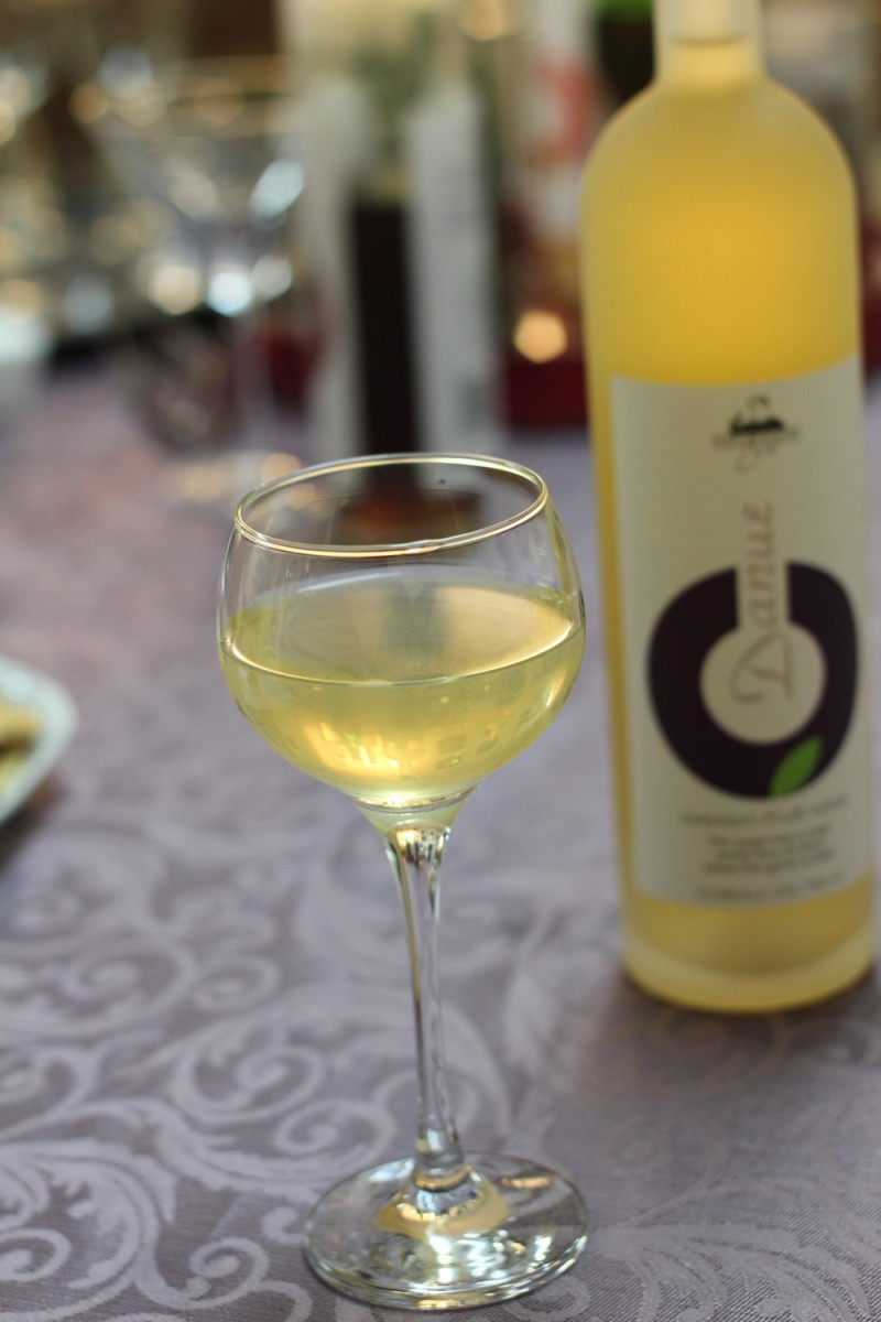 morad wines2.jpg