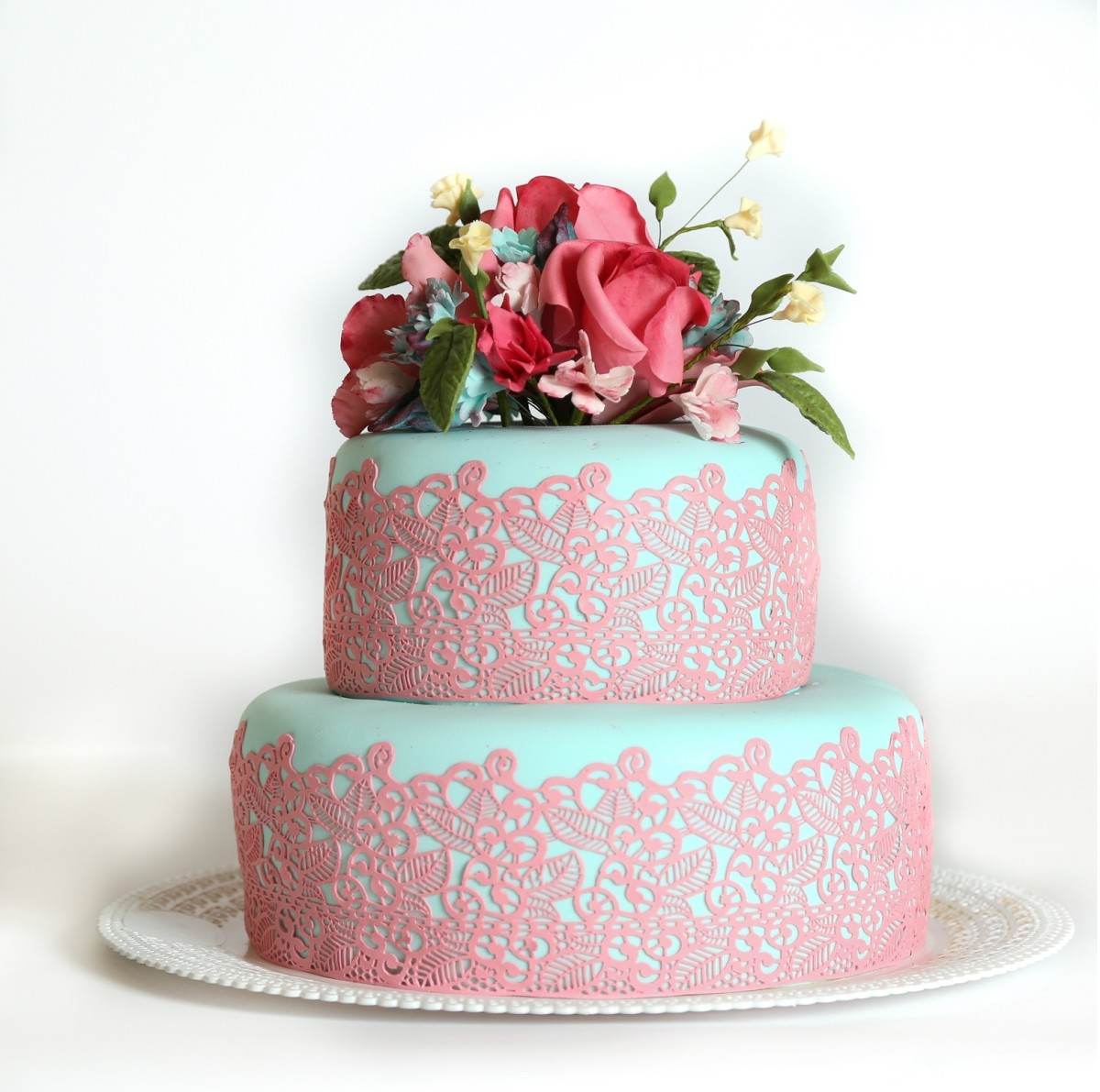 Diy Elegant Sugar Lace Cake Trim With Tips From A Pro Jamie Geller